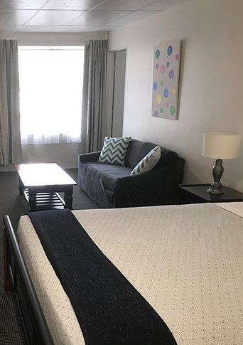 family-room-tile